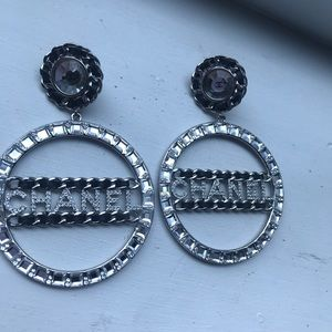 CHANEL earrings Silver/Black crystals